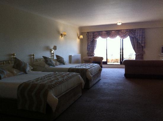 Dalmeny Resort Hotel: Premier Family Room