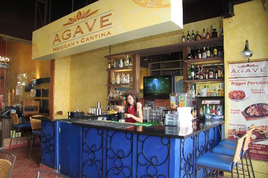 Agave Mexican Cantina : Outside Bar