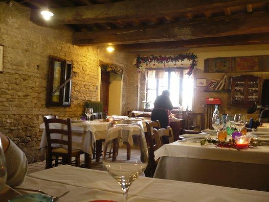 Montefiore Conca, อิตาลี: la sala principale