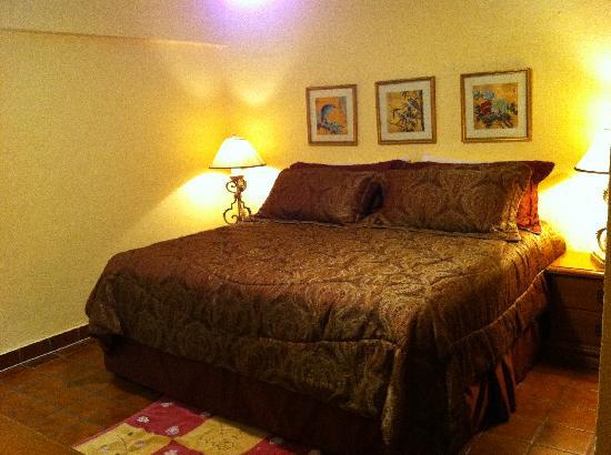Cabo Caliente Vacation Properties: Marina Sol A 610 Master Bedroom