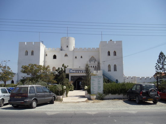 Sandbeach Castle Hotel