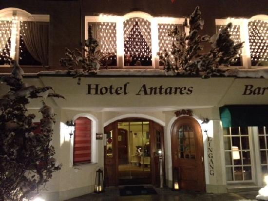 Hotel Antares: The Antares in December