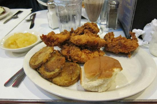 Highway Diner: fried, fried, and more fried!
