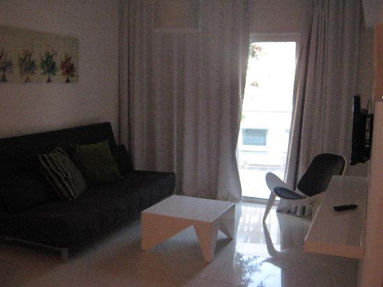 Mon Repos Design Hotel: living room