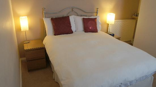 Alexander House: Double Room