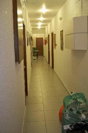 Hotel Aneto: corridoio