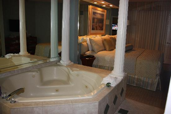 Star Island Resort and Club: Master bath