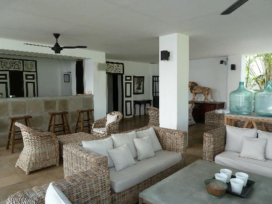 Paradise Road The Villa Bentota: Plenty of places to relax