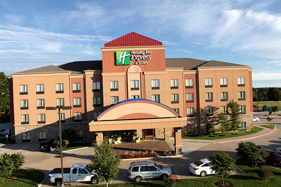 Holiday Inn Express & Suites - Medical District: Beautiful New Look for Hotel