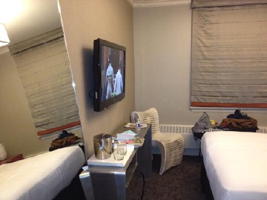 Chandler Inn Room 2