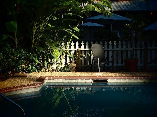 St. Francisville Inn: Pool area