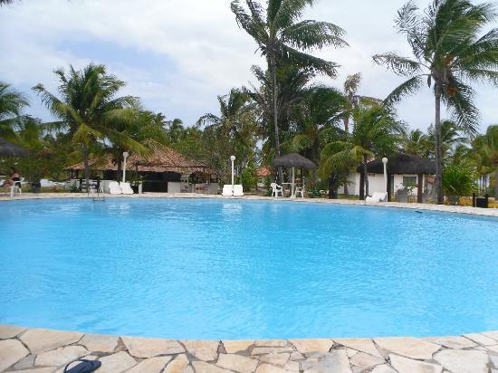 Hotel Marina Porto Abrolhos: Piscina
