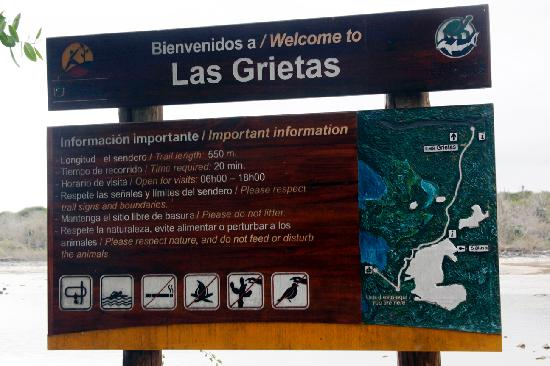 Sign at beginning of Las Grietas Hike