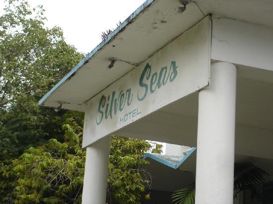 Silver Seas Resort Hotel: Font Portico