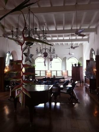 The Zaal: interior