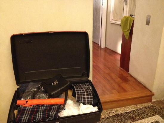 Residenze Suite Sistina: living out of a suitcase for a week