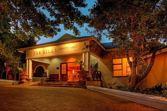 Far Hills Country Hotel: Far Hill Hotel Entrance