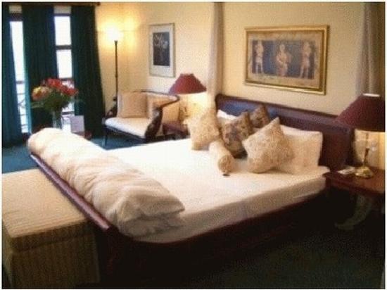 Far Hills Country Hotel: Far Hills Cherub Room