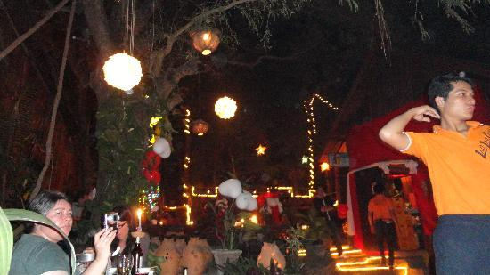Lao Lao Garden! : Chinese lanterns for NYE