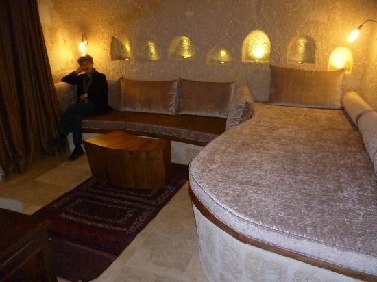 MDC Hotel: Sitting Room