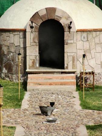 Mision Comanjilla: Temazcal o vapor natural (ojo de agua termal) en SPA