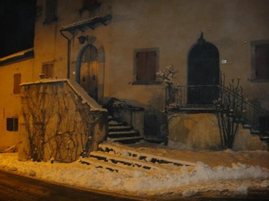 Antica Trattoria La Piazza: la piazza di montorio