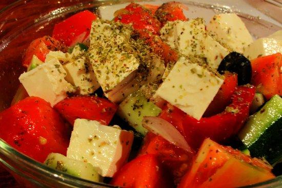 Tiffy's Cafe: Greek Salad