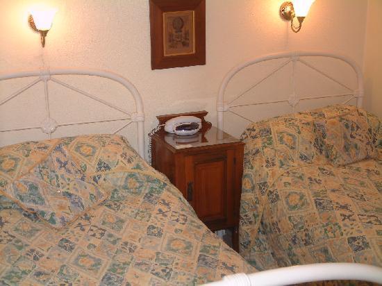 West Lodge Hotel: Twin Room