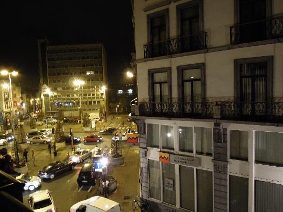 Downtown-BXL: 窗外景色