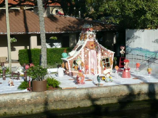 Christmasdecoration on the New River