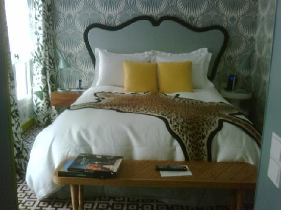 Hotel Thoumieux: Small yet very confortable rooms