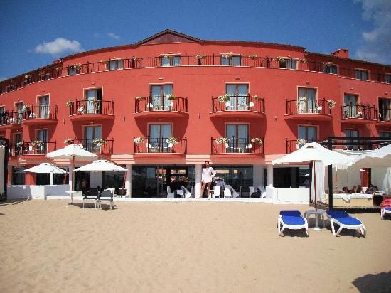 Dune Hotel: View from the beach