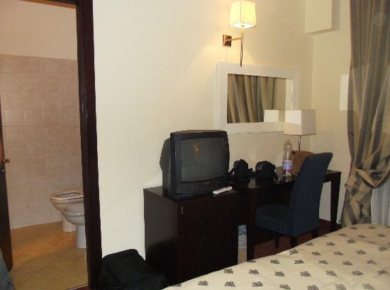 Hotel Airport Firenze: Zimmer