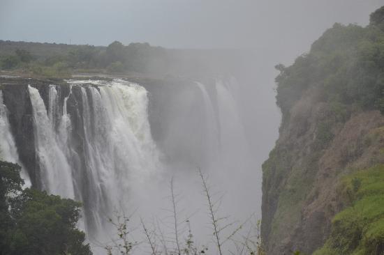 Ilala Lodge: The Falls