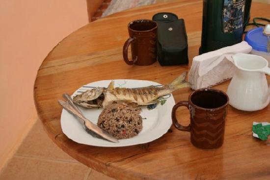 Cabinas Pura Vida: desayuno