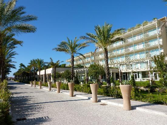 Vue de l\'hôtel - Picture of UNA Hotel Versilia, Lido Di Camaiore ...
