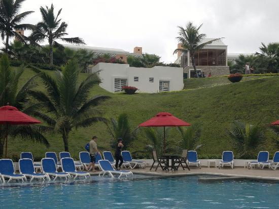 Mompiche, Ecuador: Piscina