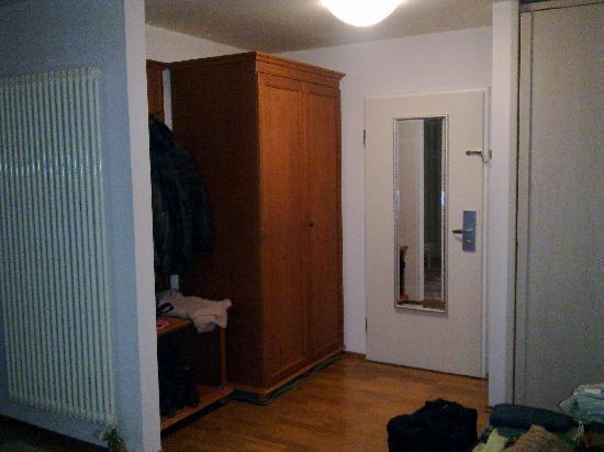 Hotel Henry: Room