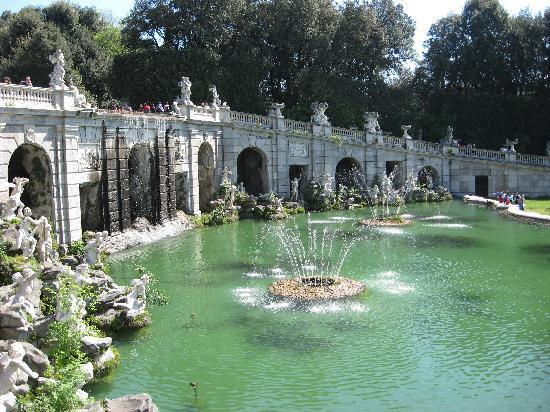 Reggia di Caserta: Fontana