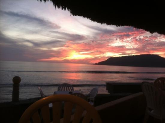 The Palms Resort Of Mazatlan: sunset from the restaurant