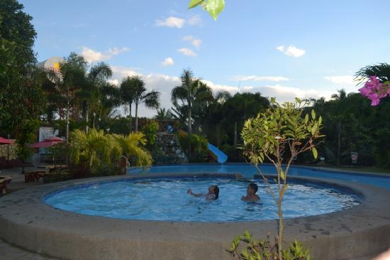 Bakasyunan And Conference Center Updated 2017 Resort Reviews Price Comparison And 126 Photos