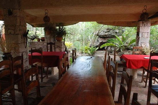 Igatu, BA: Area do cafe da manha