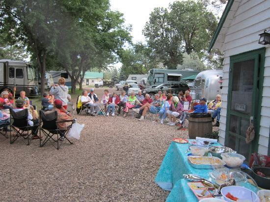 Lucy's RV Park: Group Activites for Guests