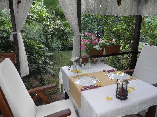 Kibala Hotel: Restaurant 1