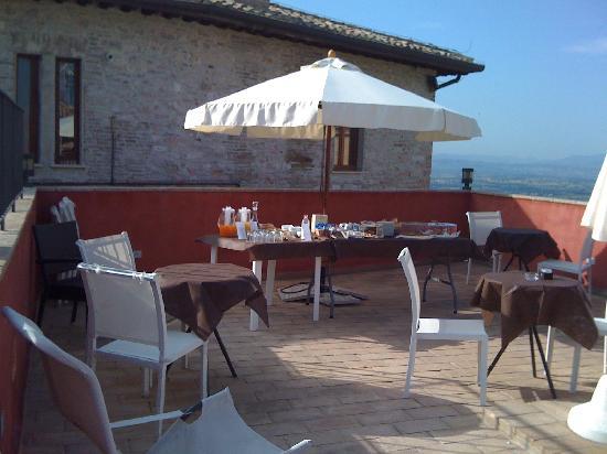 Hotel Alexander: colazione in terrazzo
