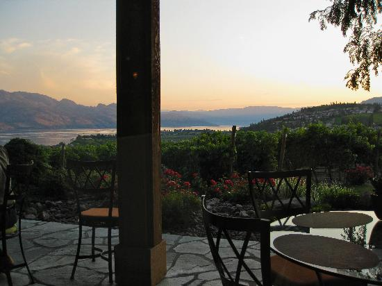 Sunset dinner by Lake Okanagan... the food was as excellent as the view