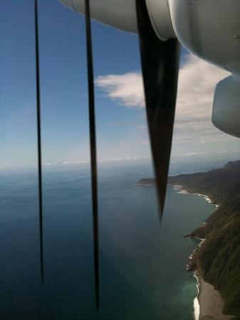 Milford Sound Fly - Cruise - Fly: Amazing views