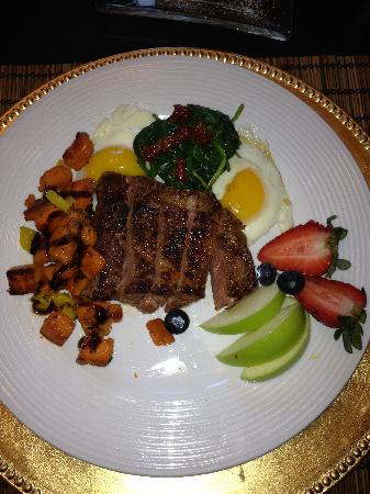 The Italian Bed and Breakfast: One of Chef Ashley's great breakfasts!