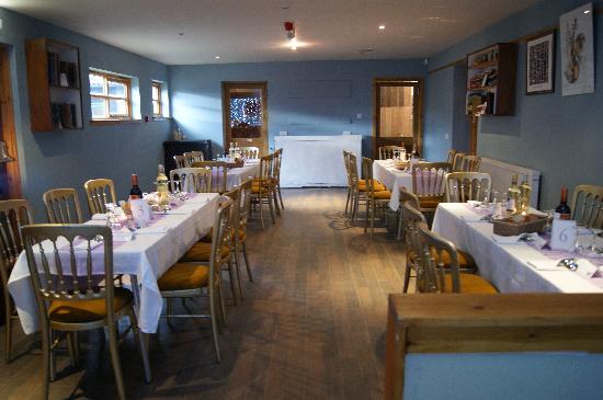 Bogbain Farm: The tables for our wedding meal