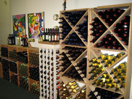 Murielle Winery : Some bottles (not my picture)